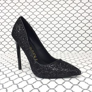 Shoes - ✨HP🎉💋Black Glitter Heel✨